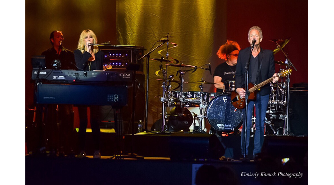 Photos from Buckingham and McVie at the Sands Bethlehem Event Center – by: Kimberly Kanuck