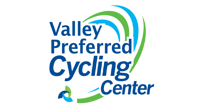Crowds Thrill to the Speed of the UCI U.S. Sprint Grand Prix at the Valley Preferred Cycling Center