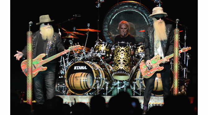 CELEBRATING 50 YEARS ZZ TOP DOESN'T MISS A BEAT – Story & Photographs by Diane Fleischman