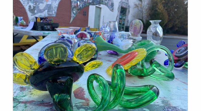 ARTSQUEST TO HOLD SECOND HOLIDAY ITEM SALE NOV. 27 & 28