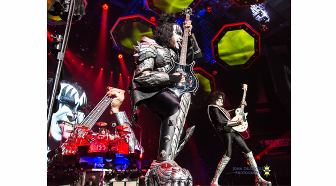 KISS AND DAVID LEE ROTH ROCK THE ROOF OFF THE PPL CENTER IN ALLENTOWN